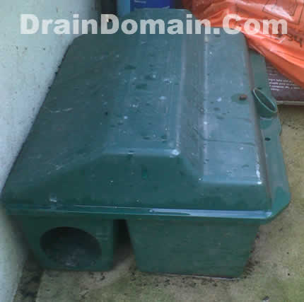 http://www.draindomain.com/Images/rat%20baiting.jpg